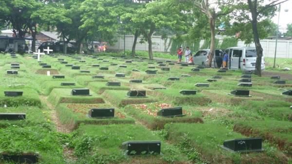 kuburan angker di jakarta