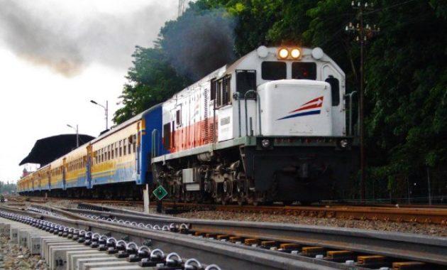 Tiket Kereta Api Jogja Surabaya