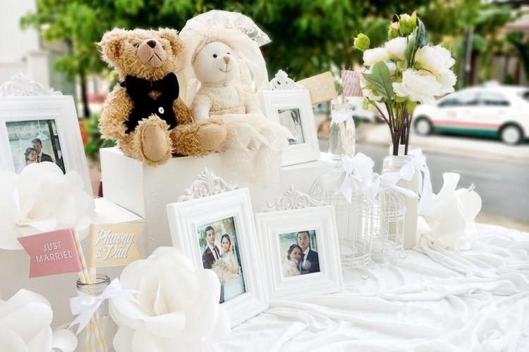 Ide Hadiah Kado Pernikahan Unik dan Bermanfaat